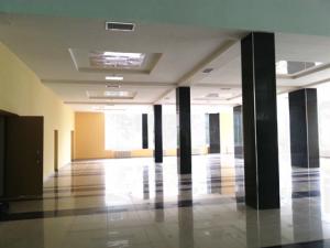 Просторный холл второго этажа после реконструкции